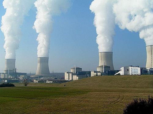 Nuclear_Power_Plant_Cattenom.jpg